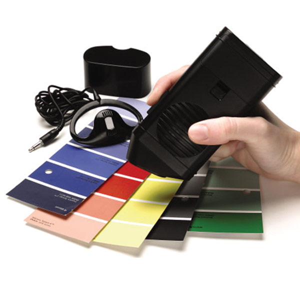The Talking Color Detector - English