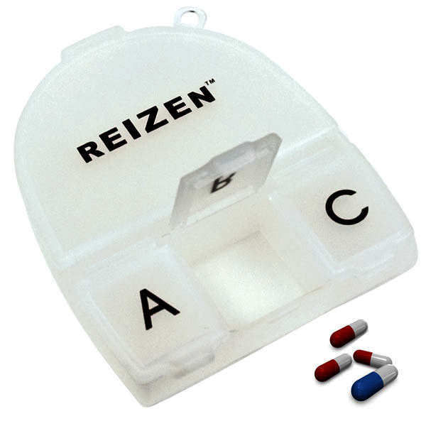 Reizen 4-Compartment Pill Box, one oversized and three regular sized compartments