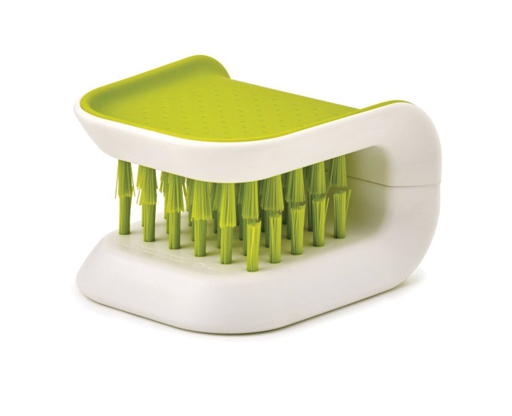 BladeBrush Knife and Cutlery Cleaning Brush