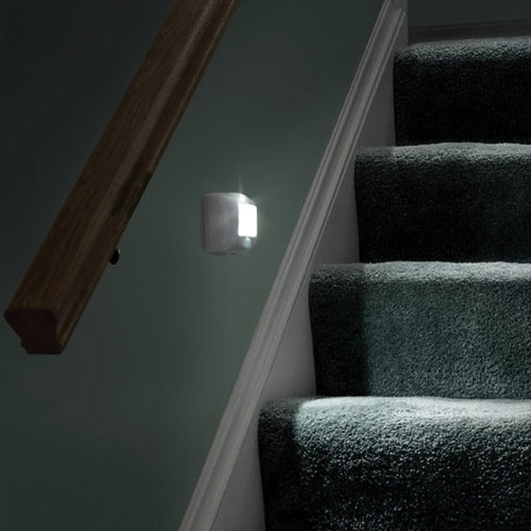 Wireless Motion Sensing Indoor Outdoor Step Light Door